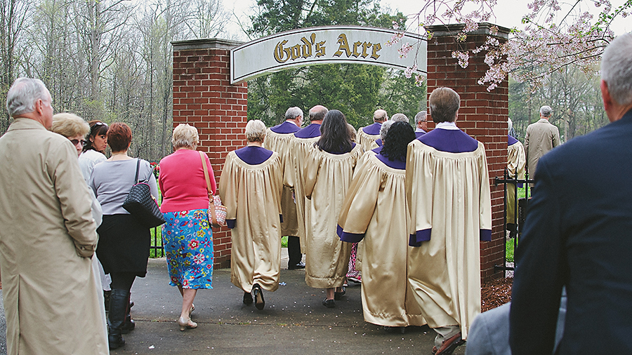 Choir processing to God's Acre